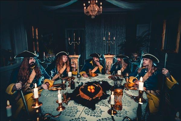 """SABATON: pubblicano il video del nuovo singolo """"Livgardet"""" e annunciano l'uscita di """"The Royal Guard"""" preordinabile in vinile"""