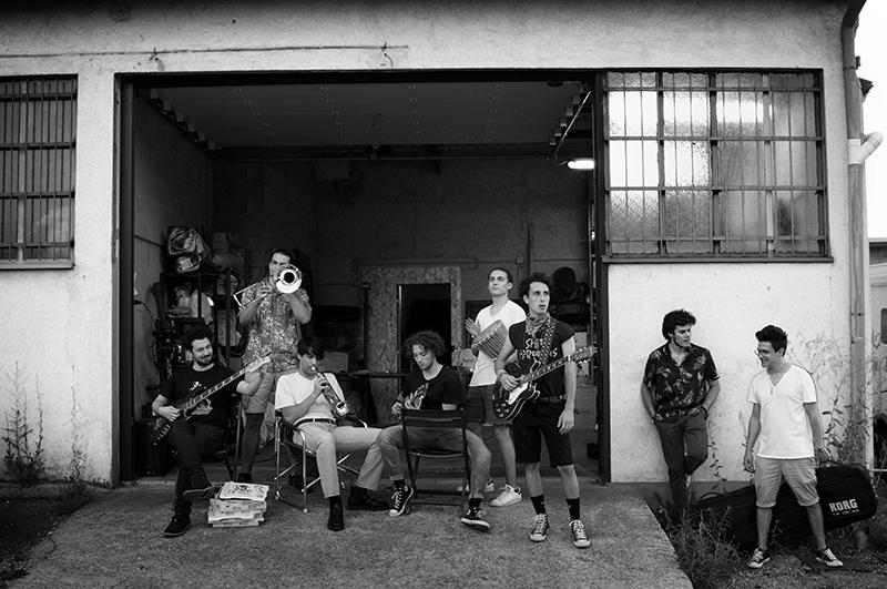 """Five Quarters: """"Storie Nuove"""" è il primo full length dell'ottetto blues di Como, rivelati ora i dettagli"""