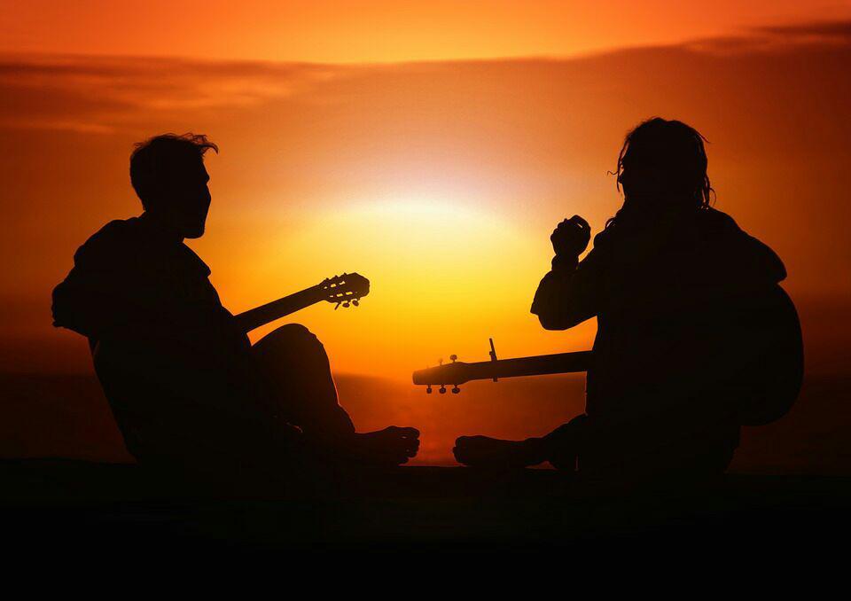 Gruppo musicale ma anche amici? Puoi raccontare la vostra storia!